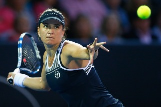 AUCKLAND, NEW ZEALAND - JANUARY 07: Alexandra Dulgheru of Romania plays a forehand return against Caroline Wozniacki of Denmark during day four of the 2016 ASB Classic at ASB Tennis Arena on January 7, 2016 in Auckland, New Zealand. (Photo by Phil Walter/Getty Images)